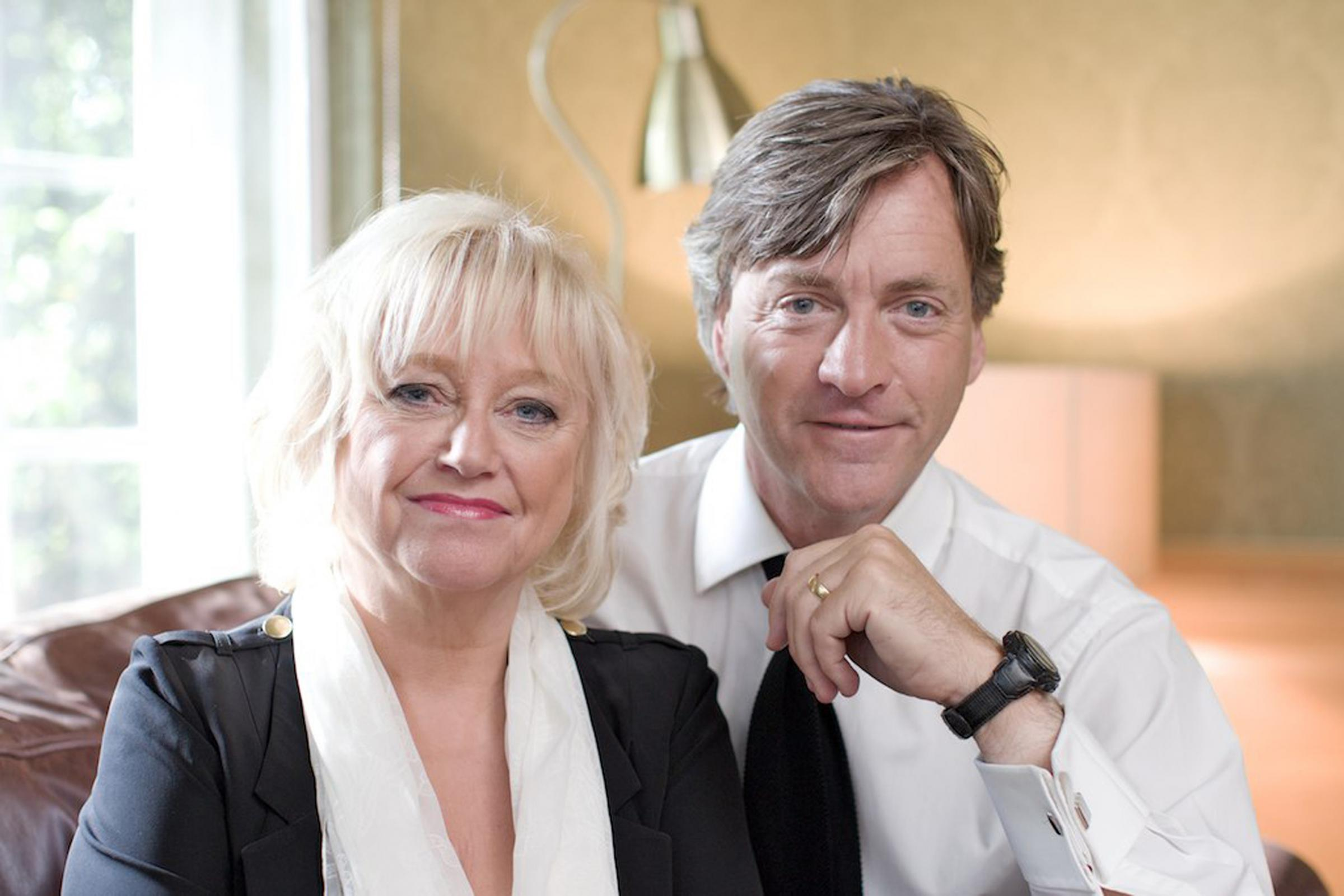 TV most famous couple make their long - awaited return | Dumbarton and Vale of Leven Reporter