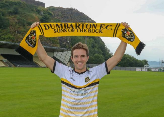 Andy Little signs for Dumbarton