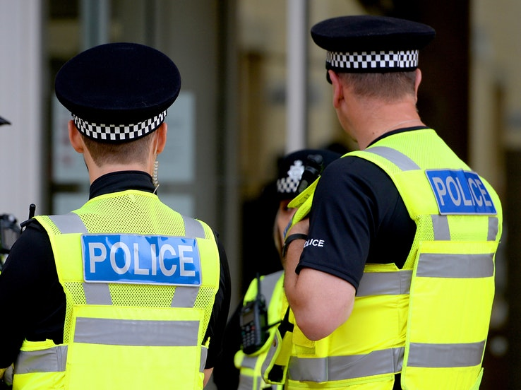 Call for volunteers to help youths build bond with police