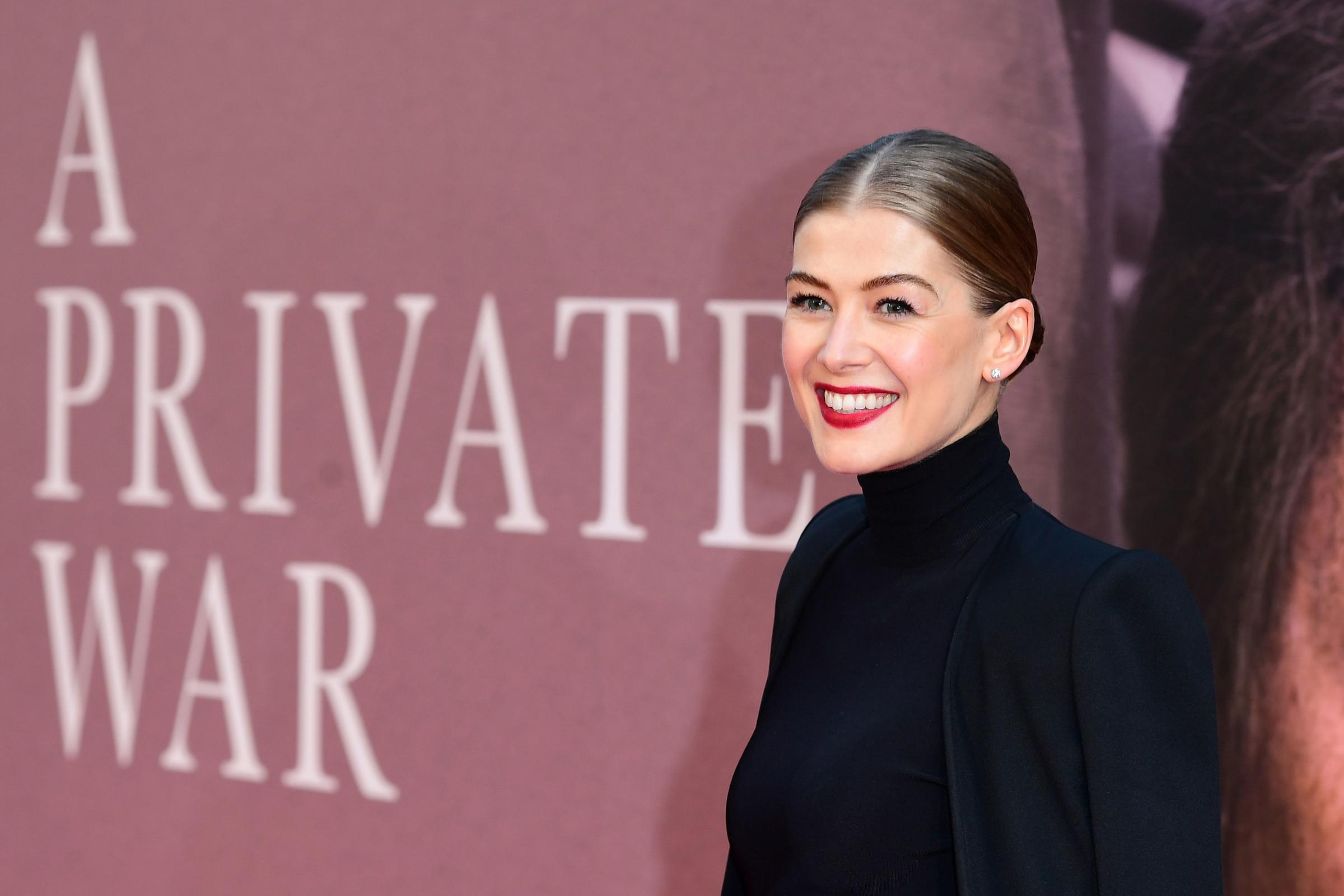 Rosamund Pike attending the A Private War premiere