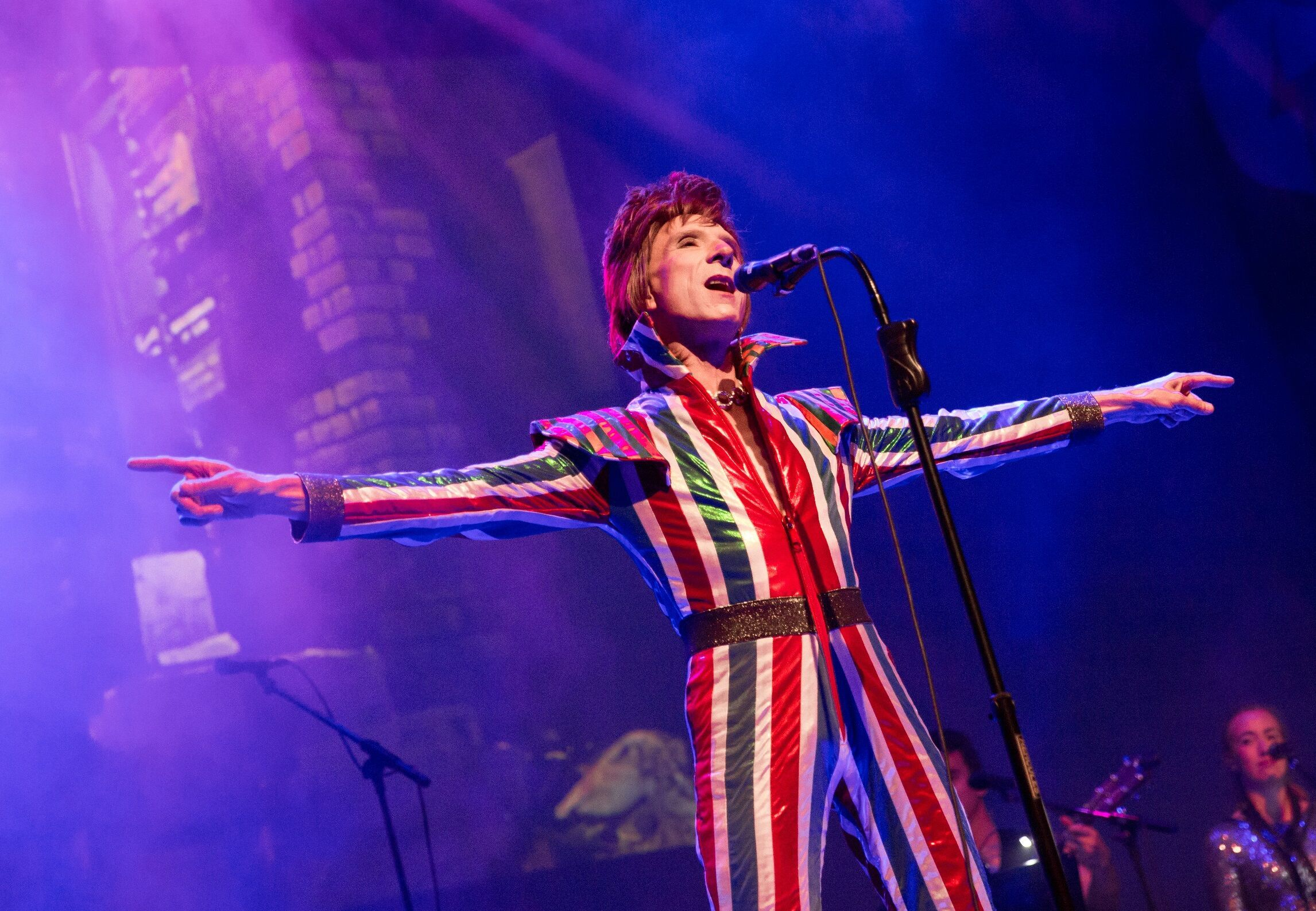 Laurence Knight performs as David Bowie at The King's Theatre this weekend