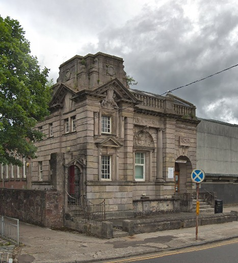 The classes will take place at Dumbarton library